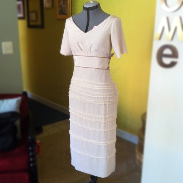A Wedding Dress for Katie: cutting, piecing, and fitting - Live ...