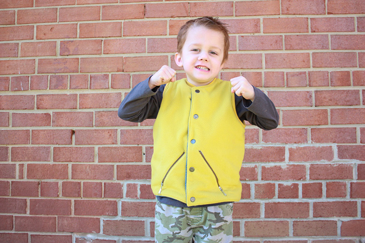 One Little Minute Blog-Flip Vest Pattern Review-Fleece with Zippers