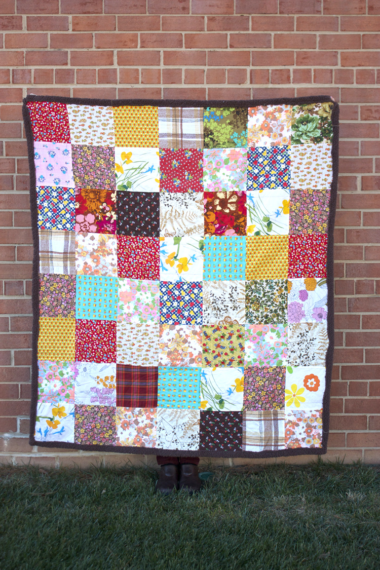 Vintage Quilt - One Little Minute Blog - So pretty!