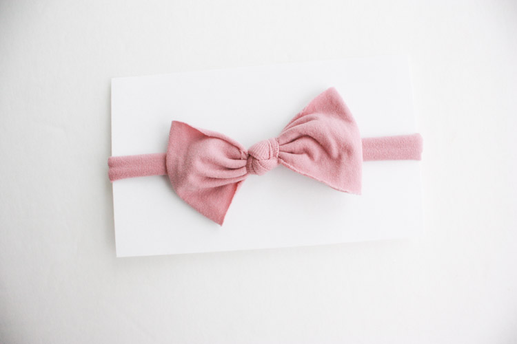 Nylon No Sew Bow-One Little Minute Blog-7