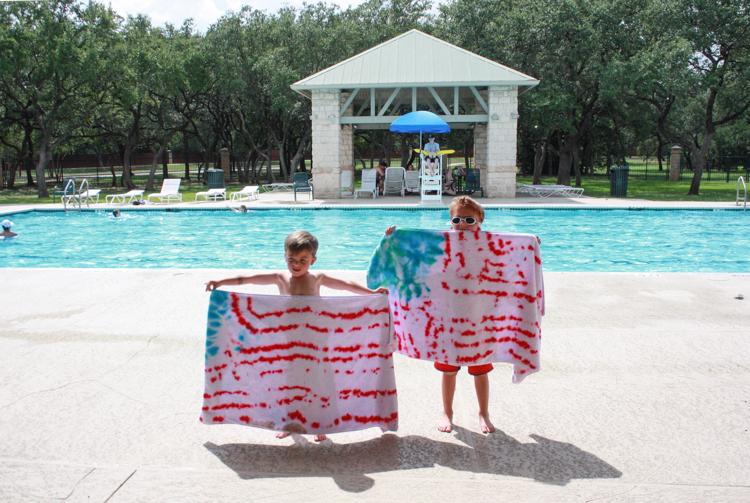 DIY Tie Dye American Flag Towels- One Little Minute-2