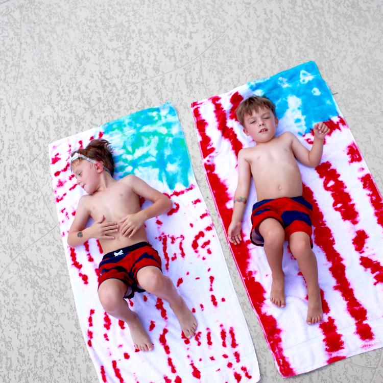 DIY Tie Dye American Flag Towels- One Little Minute-5