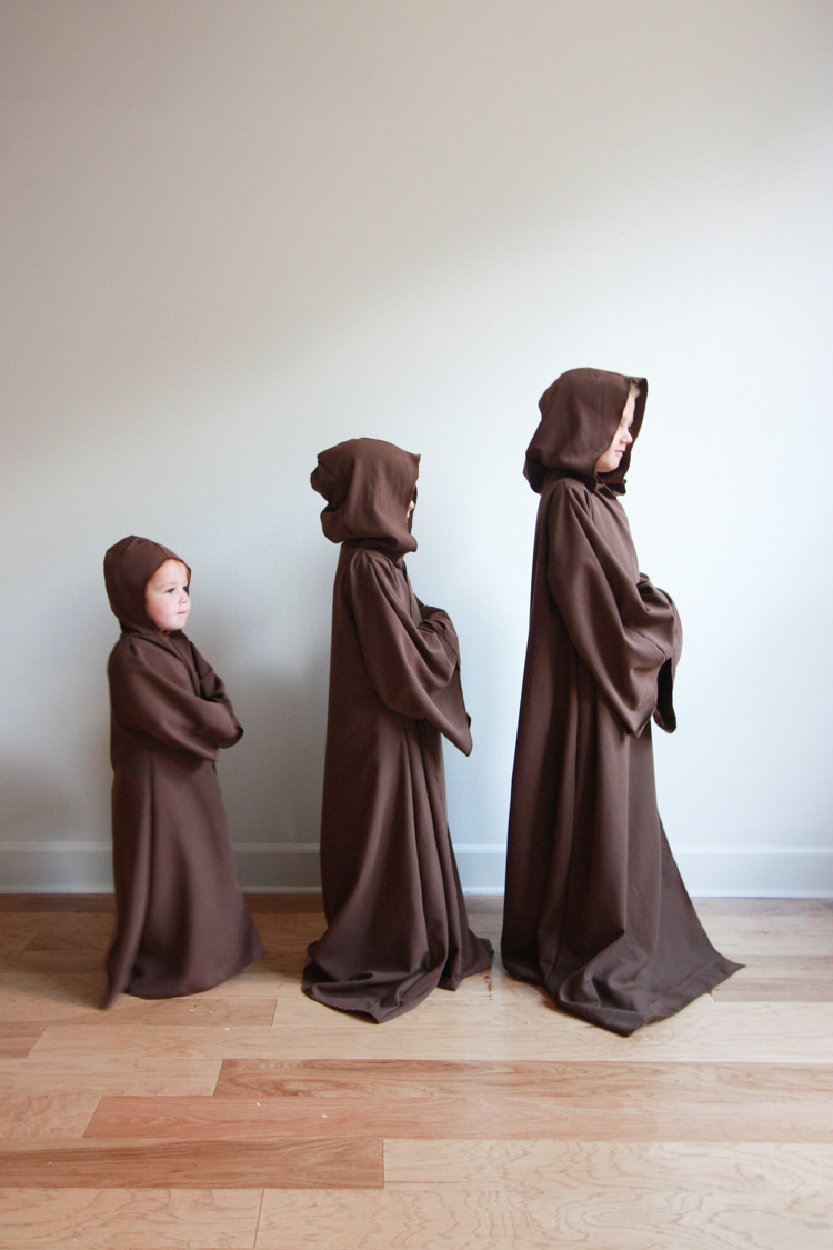 DIY Jedi Robe for Kids- Miranda Anderson for One Little Minute Blog-10