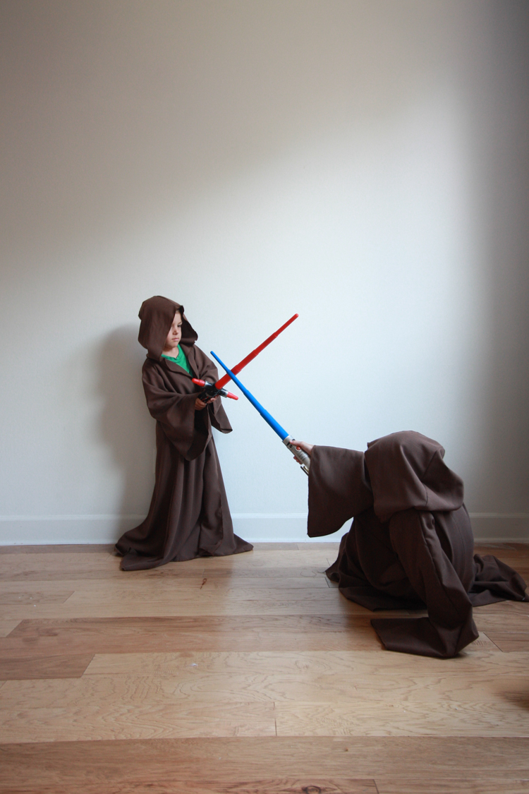 DIY Jedi Robe for Kids- Miranda Anderson for One Little Minute Blog-14