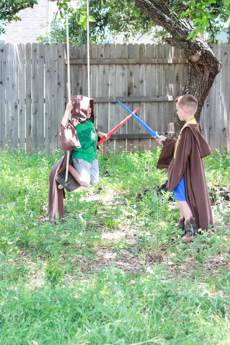 DIY Jedi Robe for Kids- Miranda Anderson for One Little Minute Blog-16