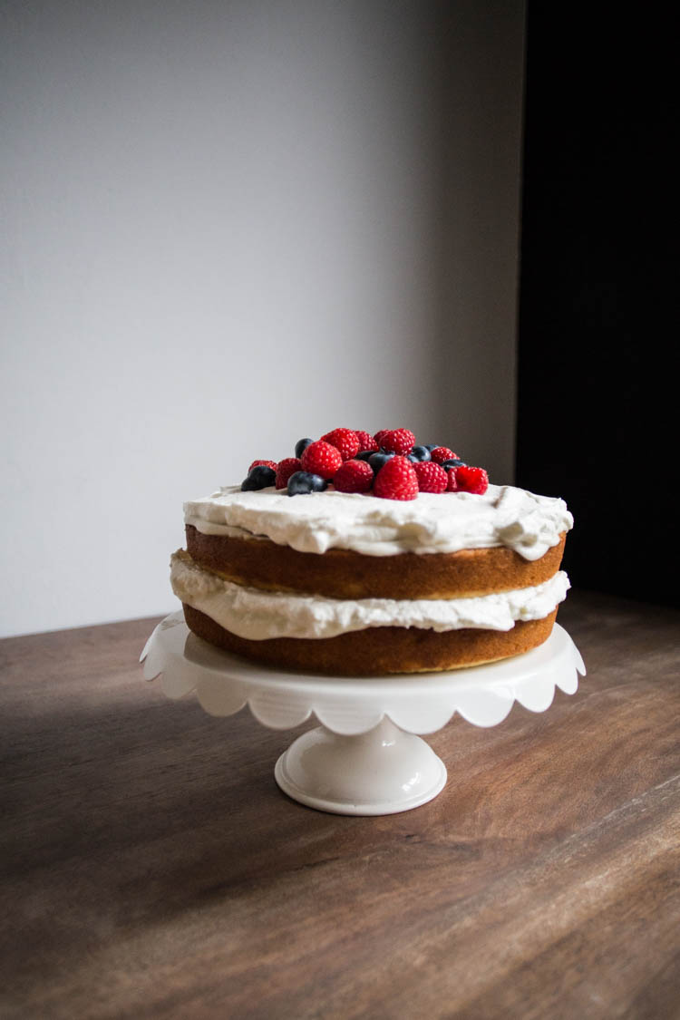 2537758a3 bakeamericacakeagain-naked-cake-with-berries-2 - Live Free Creative Co