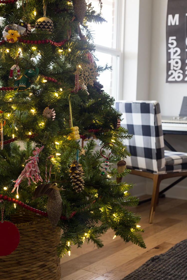 Christmas Trees Without Ornaments our eclectic, kid-friendly christmas tree - live free creative co