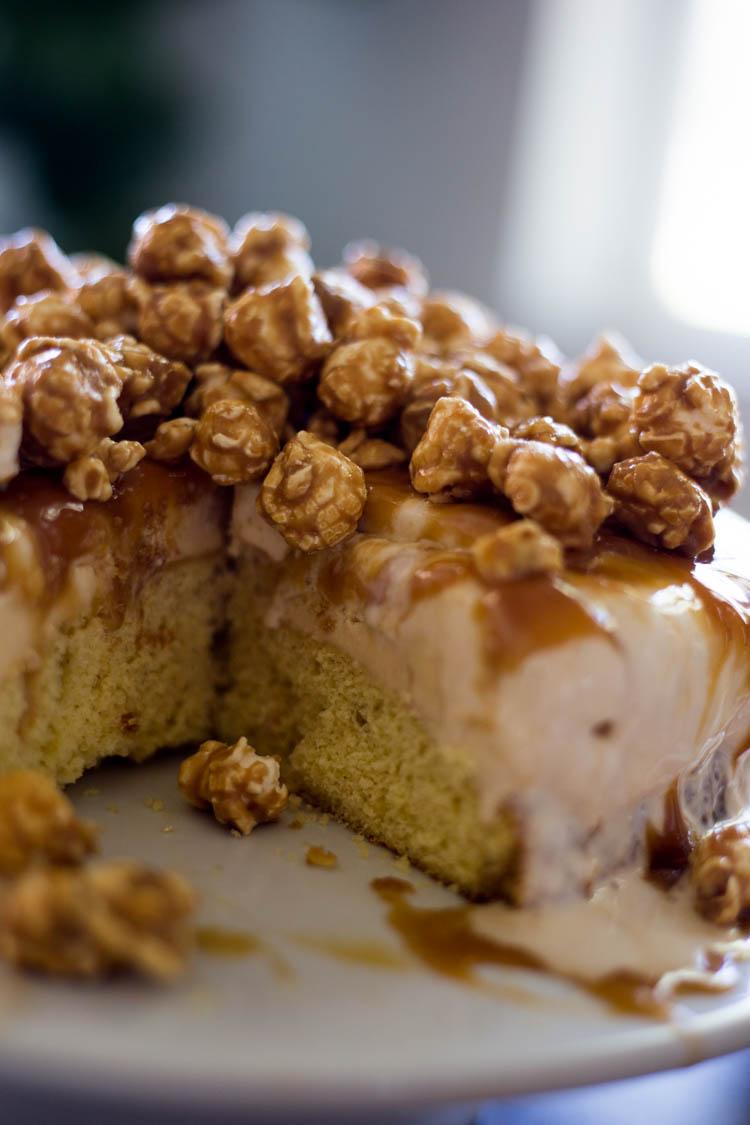 how to make caramel ice cream cake