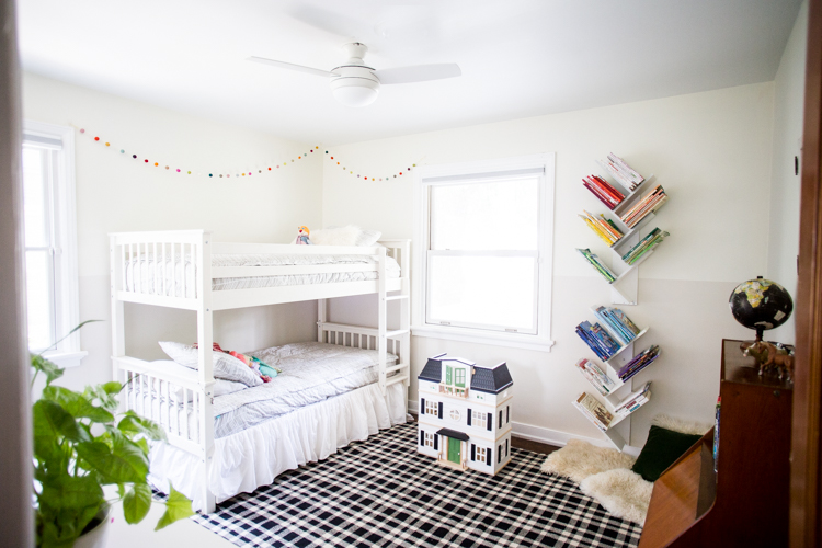 Tree Bookshelf DIY For A Beautiful, Minimal And Shared
