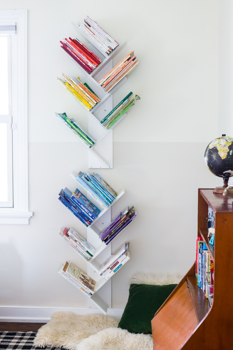 big sale 36a90 9c063 Tree Bookshelf DIY for a Beautiful, Minimal and Shared Kids ...