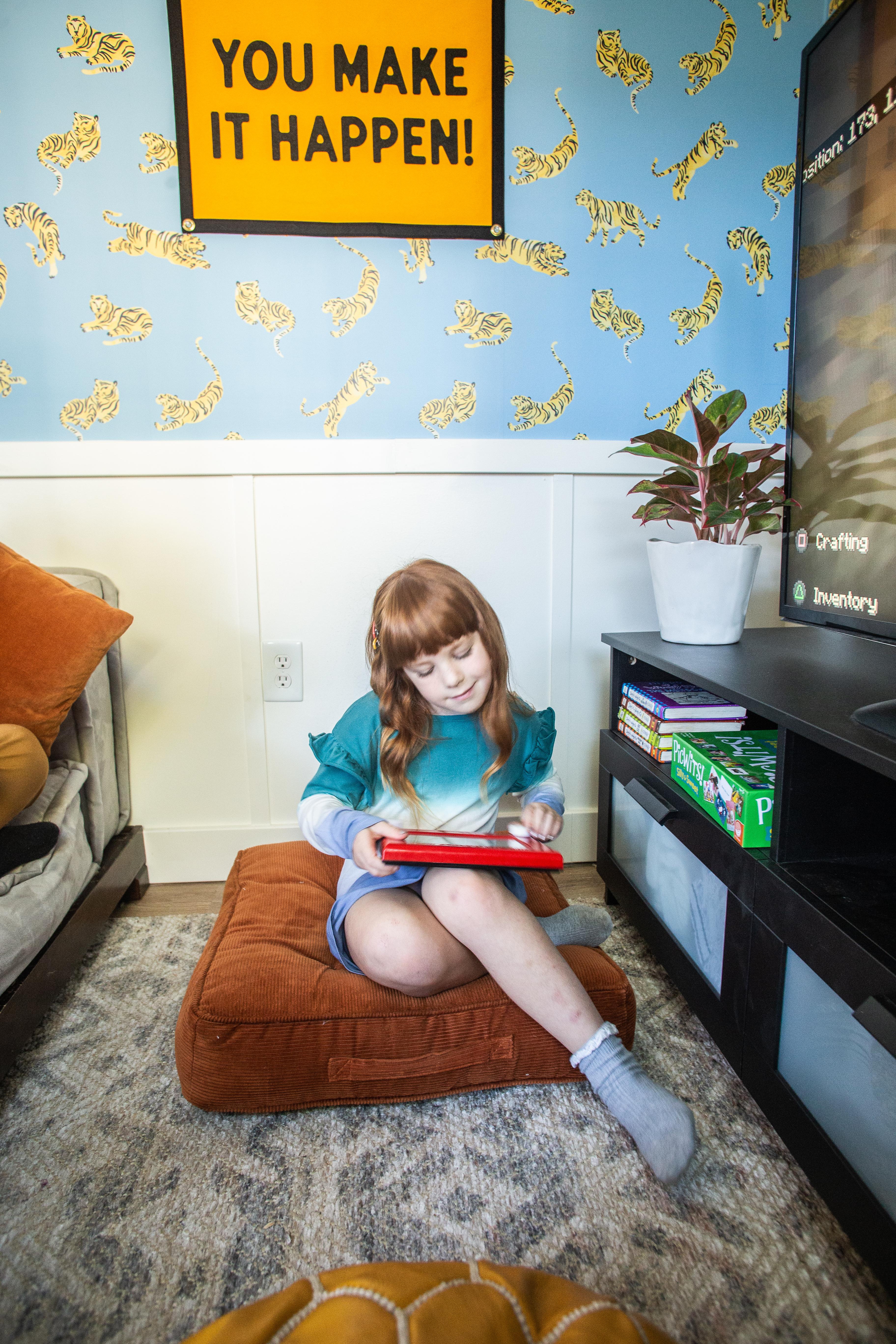 DIY Kids Playhouse Shed